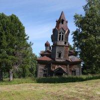 Никольская церковь в Монастыре :: Валерий Чепкасов