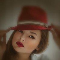 Красный красивый :: Натали Виноградова