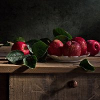 С яблоками :: Светлана Л.