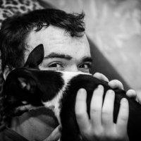 Мальчик с собачкой :: Maxim Rozhkov
