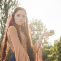 фея с хрустальным шаром :: Tanya Ash