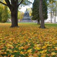 Осень в Новгородском Кремле (этюд 1) :: Константин Жирнов