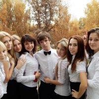 Школьная пора очей очарование.... :: Евгения Сусликова