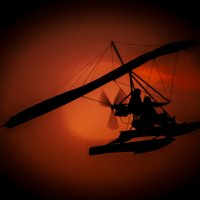 Мотодельтоплан и небо... :: Lidija Abeltinja