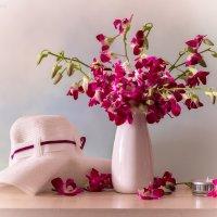 С  букетом орхидей :: Светлана Л.