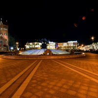 Город. Площадь. Вечер. :: Павел Сущёнок
