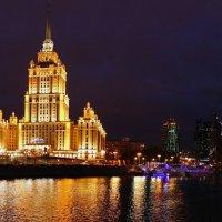 Огни вечернего города :: Алексей Соминский