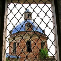Церковь до реставрации :: Алексей Golovchenko