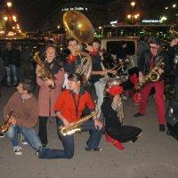 Уличный оркестр. :: Валерий Струк