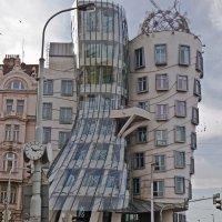 Танцующий дом в Праге :: Evgenia Pogalova