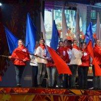 Эстафета Олимпийского огня в Великом Новгороде :: Константин Жирнов