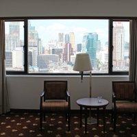 Бангкок, в окне моего номера :: Владимир Шибинский