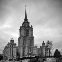 Прогулка по Москве (фотоохота на сталинские высотки) :: Евгений Жиляев