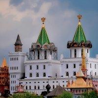 Измайловский Кремль. :: Edward J.Berelet