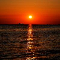 Закат на море :: Лина Савина