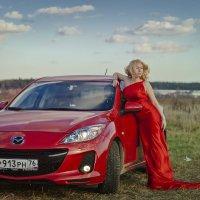 Девушка в красном :: Evgenia Pogalova