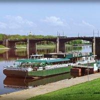 Тверь, Причал, мост через Волгу :: Андрей Козов