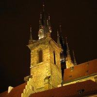 Шпили Тынского собора :: максим лыков
