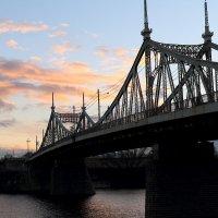 мост через волгу :: александр пеньков