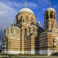Церковь Пресвятой Троицы. :: Igor Yakovlev