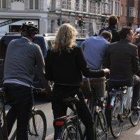 Каблук велосипеду не помеха :: Helen Samusevych