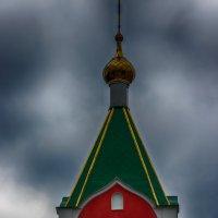 Храм в Курчатове :: Евгений Евдокимов