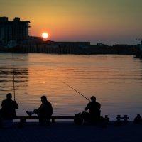 Три рыбака...не считая кота :: Anastasia Gevorkyan