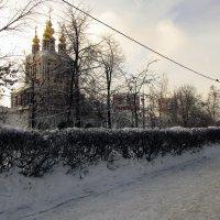 Преображенская надвратная церковь и Лопухинские палаты :: Сергей Мягченков