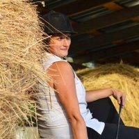 Девушка на сене :: Ольга Чернышева