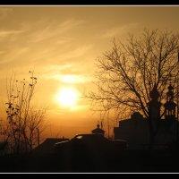Закат возле церкви и пожарной :: Михайло Шпак