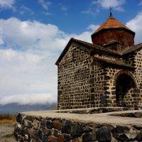 Церковь на озере Севан. Армения :: Ашот ASHOT Григорян GRIGORYAN