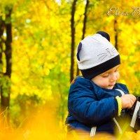 Малыш - фотограф :: Елена Бессонова