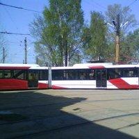 В трамвайном парке N1 (02.05.2008) :: Владимир Варивода