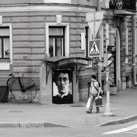 Проходя мимо. Интересные уголки города. :: Anton Lavrentiev