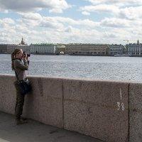 Фото на память (туристка) :: Valerii Ivanov