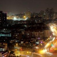 Шанхай ночью. Из окна отеля Mingde :: Cергей Павлович