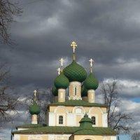 Храм :: Юрий Данилов