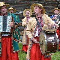 Фото 1. Украинские музыканты и артисты... :: Константин Жирнов