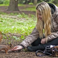 The Girl with the Squirrel :: Roman Ilnytskyi