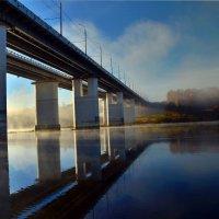 Утро моста :: Виктор Минченков