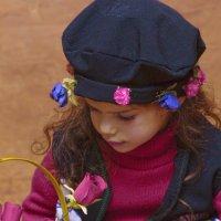 девочка с цветами :: Shmual Hava Retro