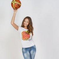 Мячик :: Женя Рыжов