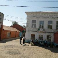 Утро провинциального городка(Камбаряки и Камбаряне) :: Равиль Хакимов