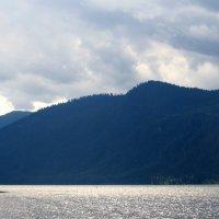На этой Земле существует красота, в которой можно спокойно от души полюбоваться природой Алтая. :: Nadezhda Ulitina