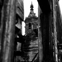 Деревянная церковь в средней полосе России :: Roman Rez