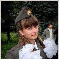 Девушка-солдат :: Павел Галактионов