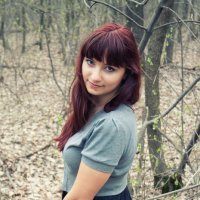 Девушка в лесу :: Александр Строилов