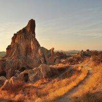 В горных развалинах Каппадокии :: Yana Sergeeva