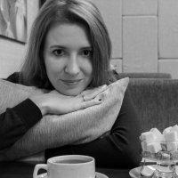 В кафе :: Анастасия Шаехова