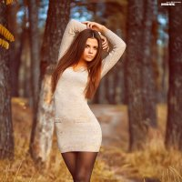 Девушка в лесу :: Иван Дудник